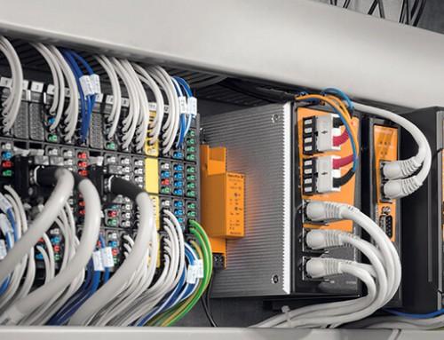 Protocolos redundantes de comunicación industrial PRP y HSR